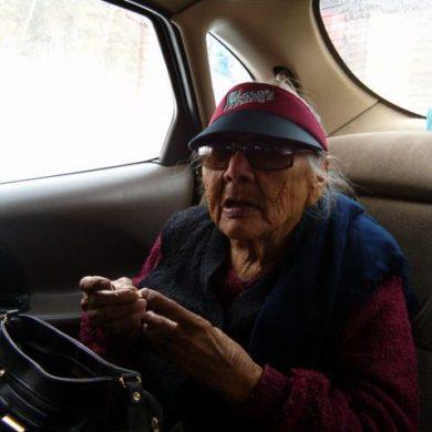 Unci (Grandma)